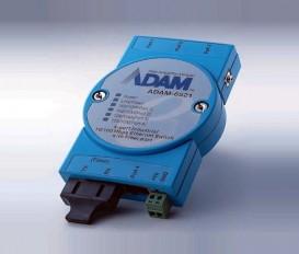 5-portový priemyselný switch ADAM-6521 s 1 SC multi-mode optickým portom
